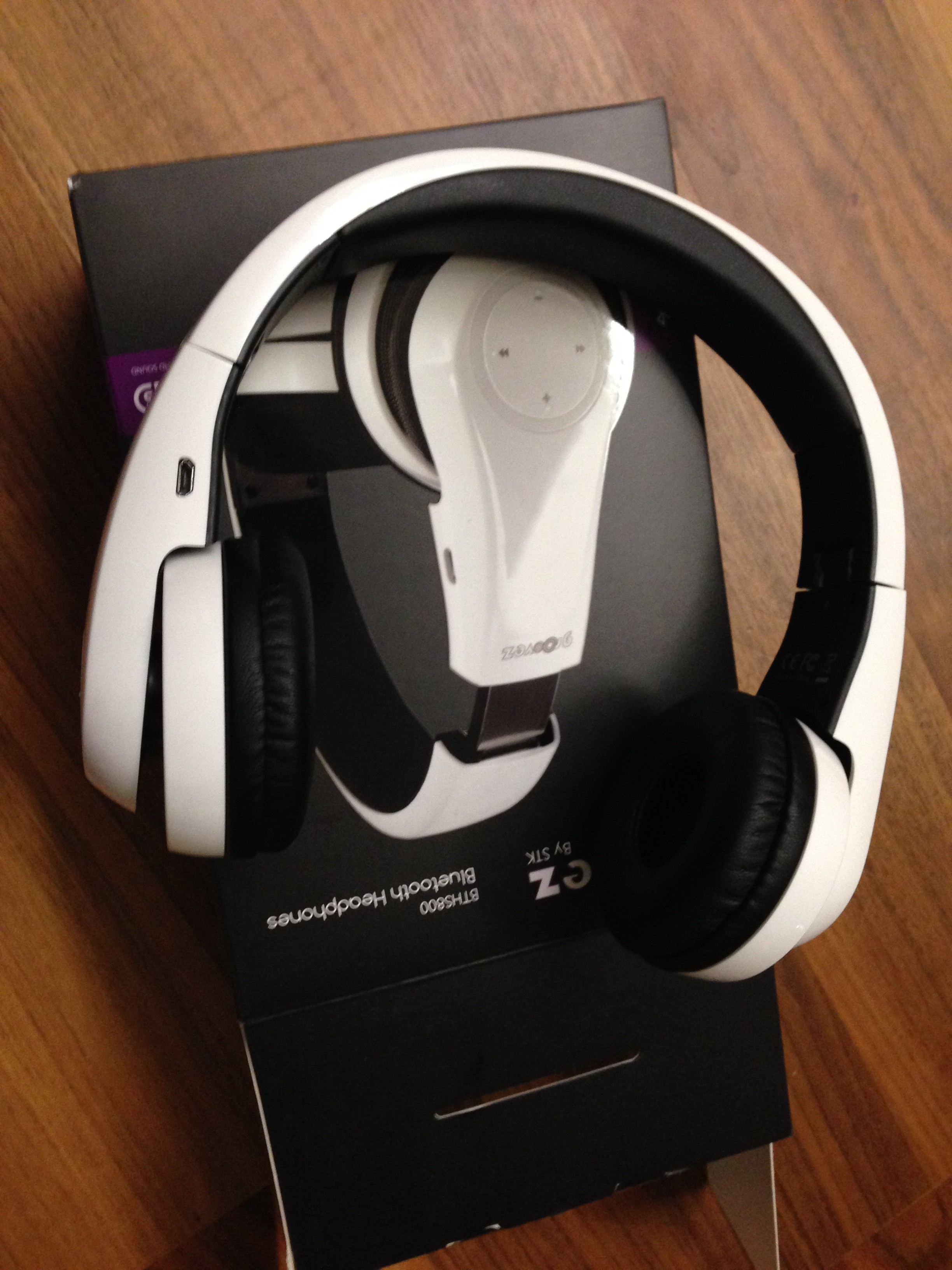 Groovez BTHS800 Bluetooth Headphones By STK Review Frost Magazine