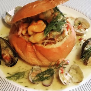 Brioche stuffed with Mussels and Clams