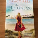 tracyreesthehourglassreview
