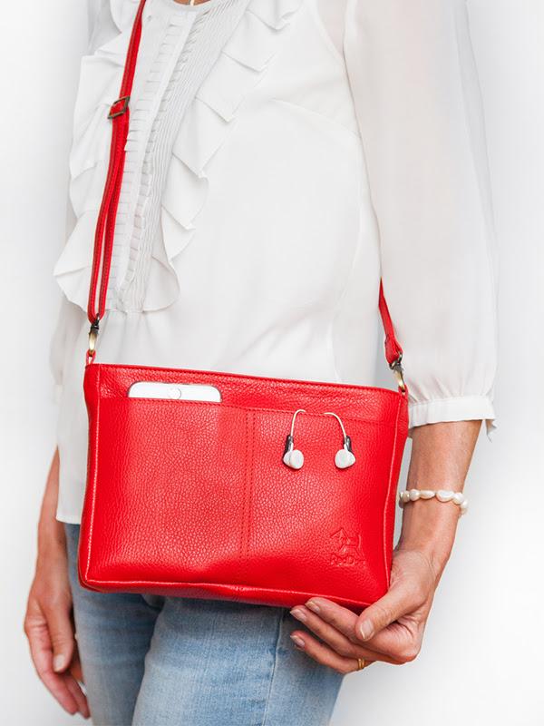 red handbag, reddog bagpod